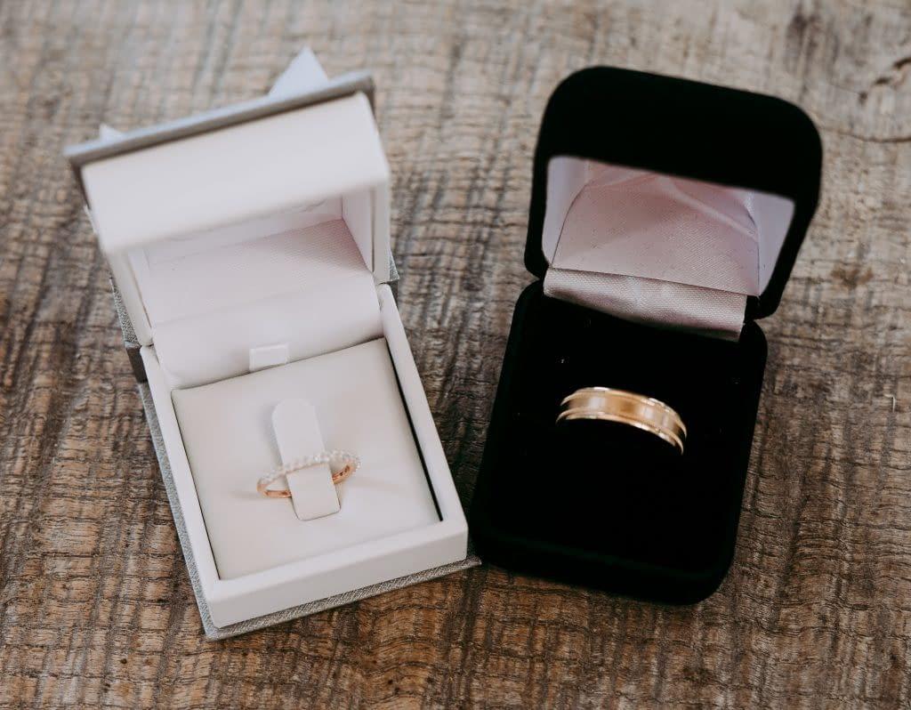 Vybíráme materiál snubních prstenů