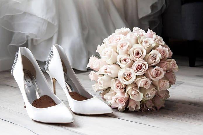svatební boty na vysokém podpatku