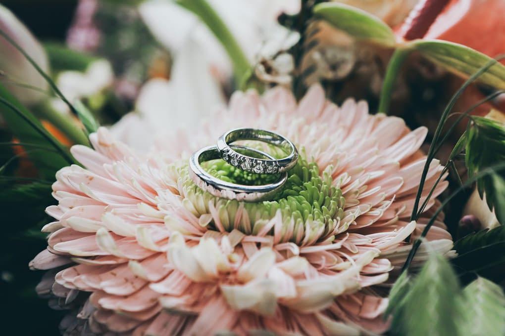 Jaký vybrat materiál snubního prstenu